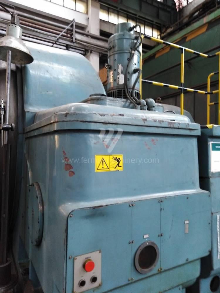 Soustruh / Konvenční -  průměr nad 800 mm / SIU 250 T