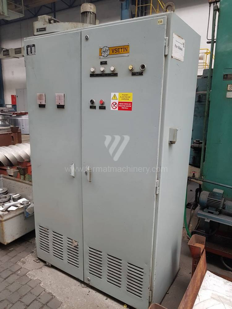 SKIQ 8 CNC