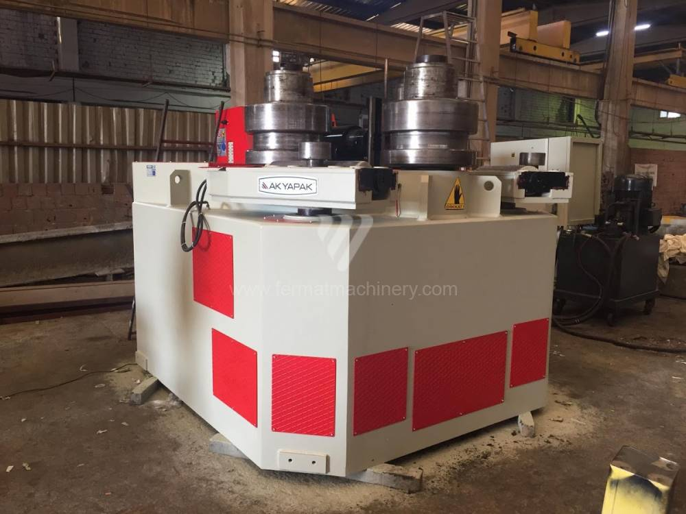 Bending roll machines / Section / APK 240