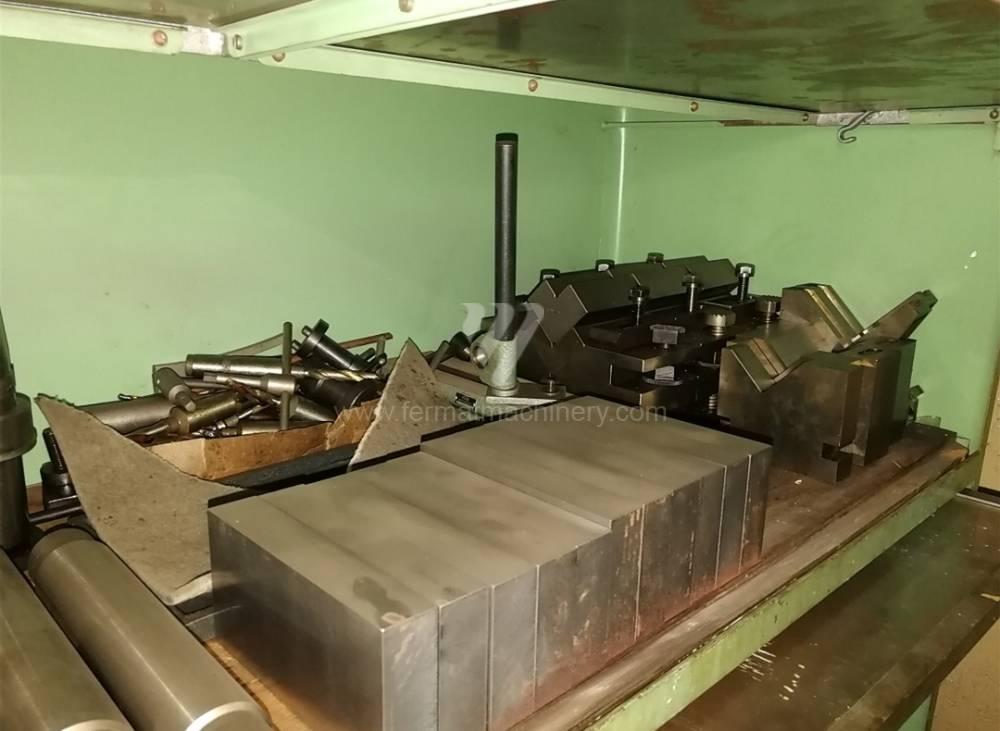 Boring and drilling machines / Co-ordinate / WKV 100