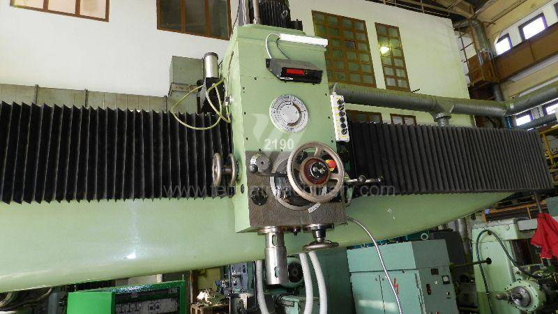 Boring and drilling machines / Radial / RFM 75/4000
