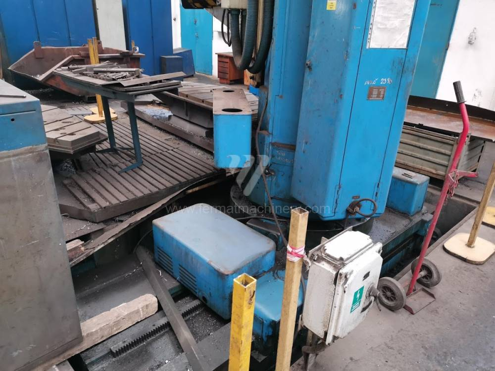 Boring and drilling machines / Radial / VRP 84 A
