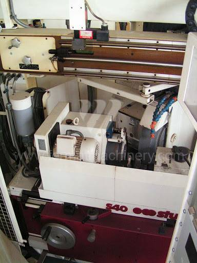 Grinding machines / Cylindrical / S 40-3