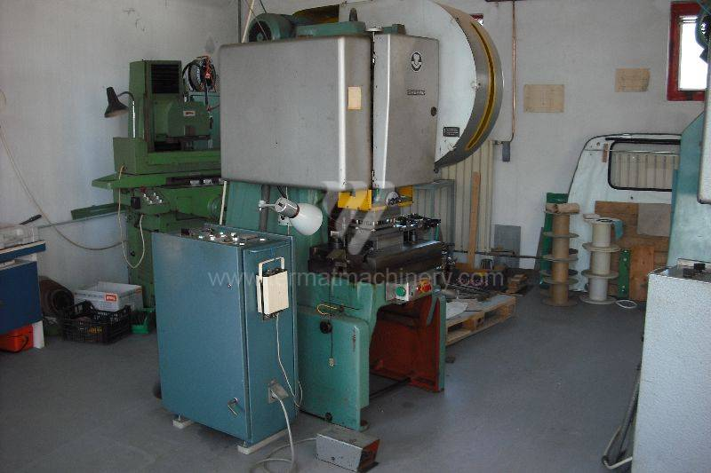 Press / Excentric up to 100 T / LEN 25 C