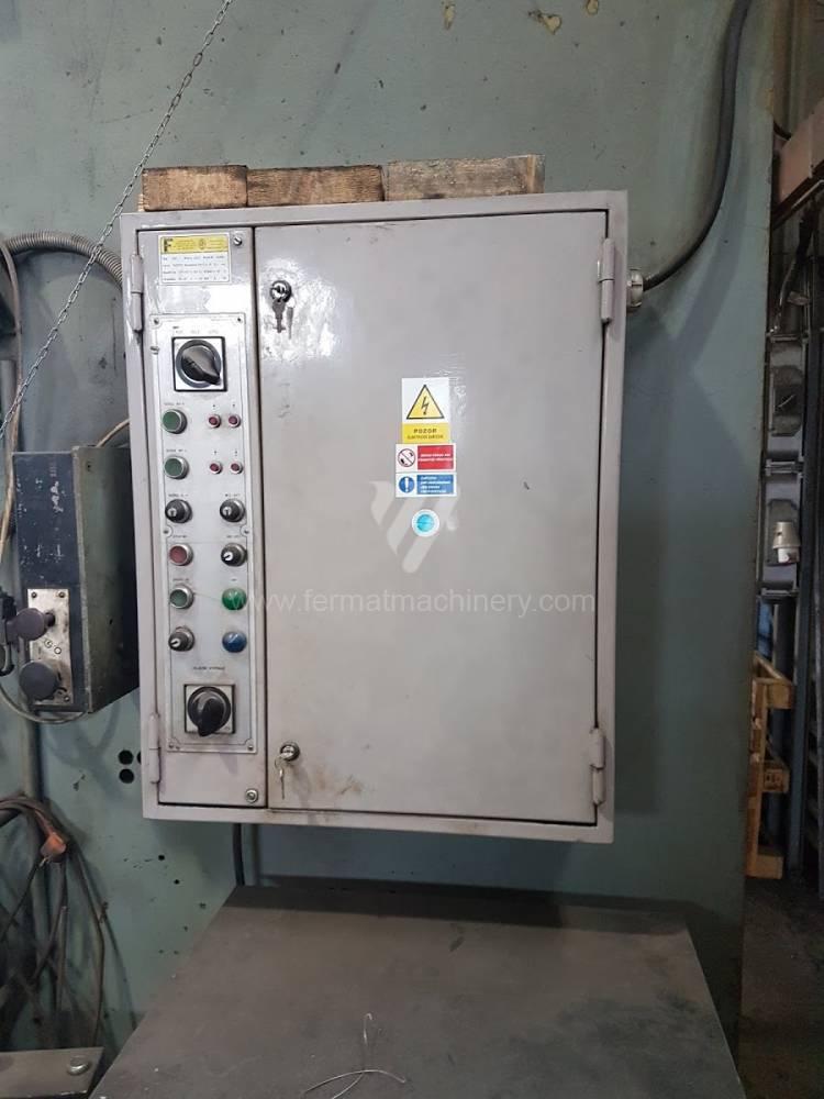 Press / Hydraulic / PYE 250 S.1