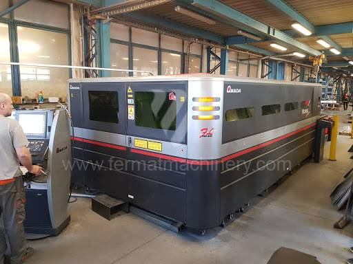 Maszyna do cięcia / Laser / FOL-3015 AJ
